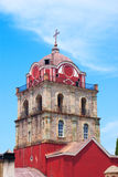 Roter Belfry in der Montierung Athos Lizenzfreie Stockfotografie