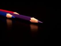 Roter, blauer, purpurroter Farbenbleistift Lizenzfreies Stockbild