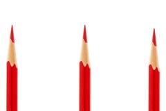 Roter Bleistift getrennt auf Weiß Stockfotos