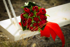 Roter Brautblumenstrauß Lizenzfreie Stockbilder