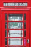 Roter britischer Telefon-Kasten Stockbild