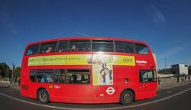 Roter Bus in London Lizenzfreies Stockbild