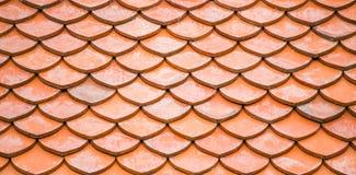 Roter Dachplattemusterhintergrund Stockfotografie