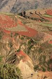 Roter Erdbereich in Yunnan Lizenzfreie Stockfotos