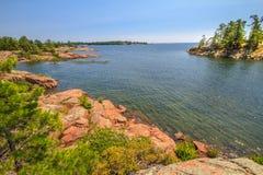 Roter Felsen an der georgischen Bucht Ontario Kanada Stockbild