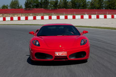 Roter Ferrari F430 F1 Stockfotografie