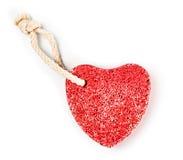 Roter heart-shaped Stein mit Seil Lizenzfreie Stockfotografie