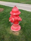 Roter Hydrant Lizenzfreie Stockfotos