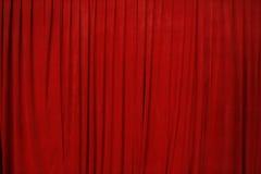 Roter Kino-Trennvorhang Stockfotos