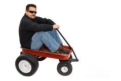 Roter Lastwagen und Mann Lizenzfreie Stockfotografie