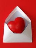 Roter Papierumschlag mit Innerem lizenzfreies stockbild