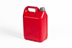 Roter Plastikbenzinkanister Stockbilder