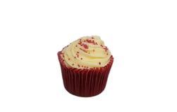 Roter Samt-kleiner Kuchen Stockbild