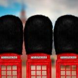 Roter Telefonkasten Stockfotos