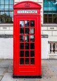 Roter Telefonkasten in London (hdr) Lizenzfreies Stockbild