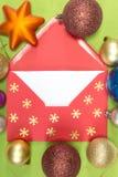 Roter Umschlag, christmastime Stockbild