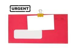 Roter Umschlag und unbelegte Visitenkarte Stockfotografie