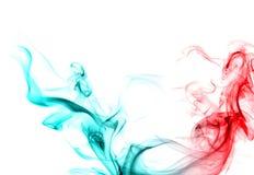 Roter und blauer Rauch. Lizenzfreies Stockfoto