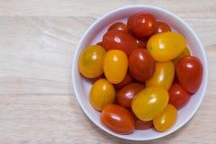 Roter und gelber Cherry Tomatos Stockfotografie