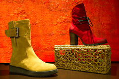 Roter und gelber Schuh Lizenzfreies Stockfoto