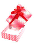Roter und weißer checkered Geschenkkasten Lizenzfreies Stockbild