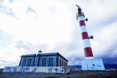 Roter und weißer Leuchtturm Lizenzfreie Stockbilder