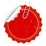 Roter Vektoraufkleber mit Büroklammer Stockbild