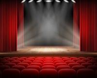 Roter Vorhang und leere Theaterszene lizenzfreies stockfoto