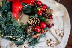 Roter WeihnachtsWreath stockbilder