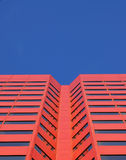 Roter Wolkenkratzer in Edmonton Stockbilder