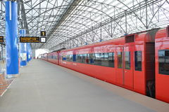 Roter Zug Aeroexpress Stockbilder