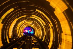 Roterande rätt för abstrakt rörelsebakgrundstunnel Fotografering för Bildbyråer