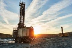 Roterende boormachines voor oppervlakte blasthole mijnbouw in steengroeve stock fotografie