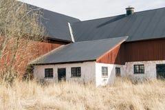 Rotes Bauernhaus Stockfotos