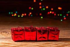 Rotes, blistyaschy Geschenk Stockbild