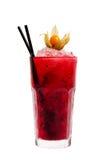 Rotes Cocktail mit Eis Lizenzfreie Stockfotos
