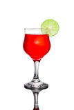 Rotes Cocktail und Kalk Stockbild