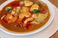 Rotes Currymeerestiereintopfgericht Stockfotos
