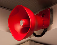 Rotes Feuer-Ansagen-lauter Lautsprecher lizenzfreies stockbild