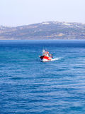 Rotes Fischerboot stockfotografie