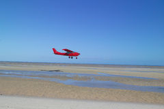 Rotes Flugzeug Lizenzfreies Stockbild