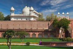 Rotes Fort gelegen in Agra, Indien stockfotografie