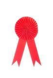 Rotes Gewebepreisband lokalisiert auf Weiß Stockfotos