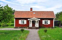 Rotes Häuschen Lizenzfreies Stockfoto