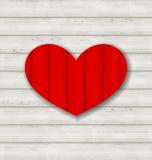 Rotes Herz auf hölzernem Hintergrund für Valentine Day Lizenzfreies Stockbild