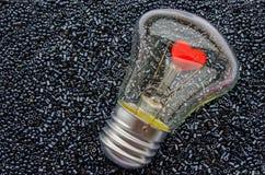 Rotes Herz einer elektrischen Birne Lizenzfreies Stockbild