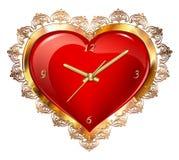 Rotes Herz mit einer Uhr in einem Goldrahmen mit einer Verzierung Stockbilder