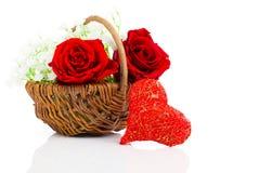Rotes Herzformsymbol gemacht vom Thread Stockbilder