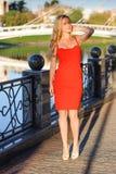 Rotes Kleid stockbild
