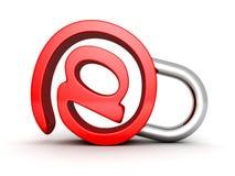 Rotes Konzept-E-Mail-Symbolsicherheitsvorhängeschloß auf weißem Hintergrund Stockfotografie